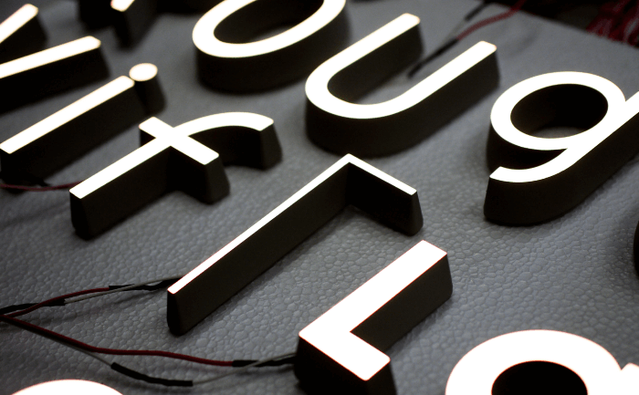 LEDスライド03